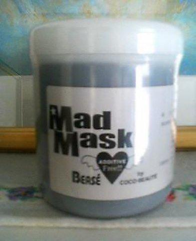 ベゼ・マッドマスク