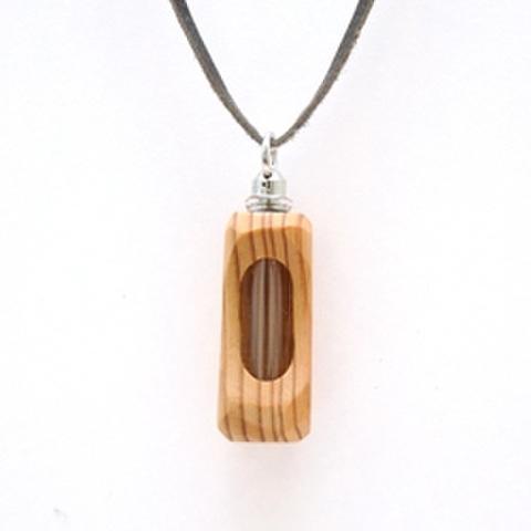 アロマペンダント☆天使の小瓶「森の木魂」