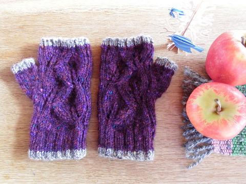 葉っぱ模様の指なし手袋「リーフ」/ Blackberry(ブラックベリー)
