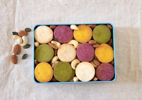 米粉クッキー缶