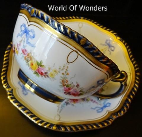 イギリス製 ウースター ティーカップ&ソーサー(リボンガーランド)