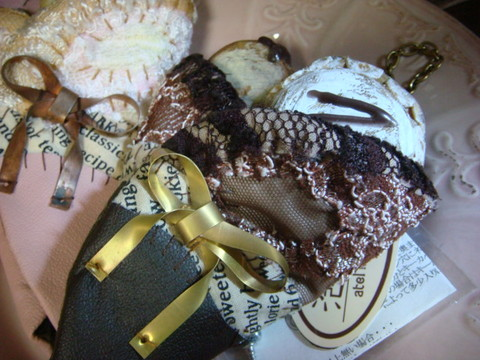 クレープのキーケース/Crepe Key Case チョコ/Chocolate