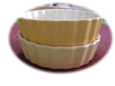 8 フードボウル(別注・小) 濃黄色→パステル