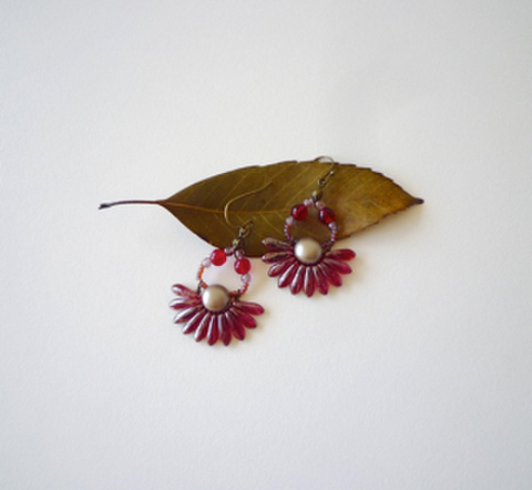 Red Petal Pierce Earring