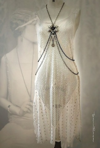 White Assuit Flapper Dress