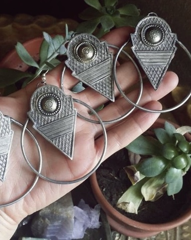 talhakimt earrings/silver