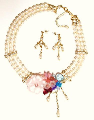 花のワルツネックレス&ピアス(G&Pink)