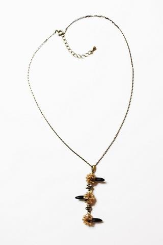 山鳩のトリプルパンチネックレス