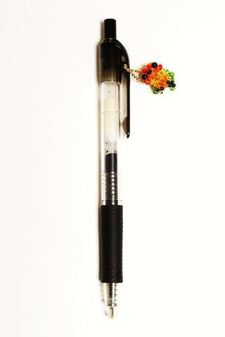 コガネメキシコインコ              インコ臭つきボールペン               干し草系 【魅惑の背中】