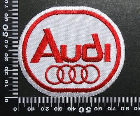 アウディ Audi ワッペン パッチ 01677