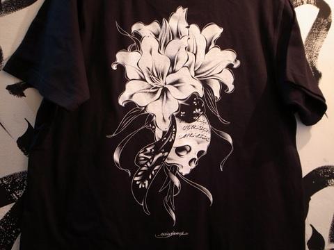"USUGROW/ウスグロ/""REBIRTH""(WHTxBLK・BLKxWHT) Tシャツ Artwork by USUGROW"
