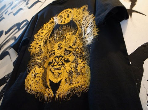 "BLACK DALLAS(ブラックダラス)""BLACKDALLASxDESICCATE""Tシャツ(ブラック)Artwork by DENSE(デンス)"