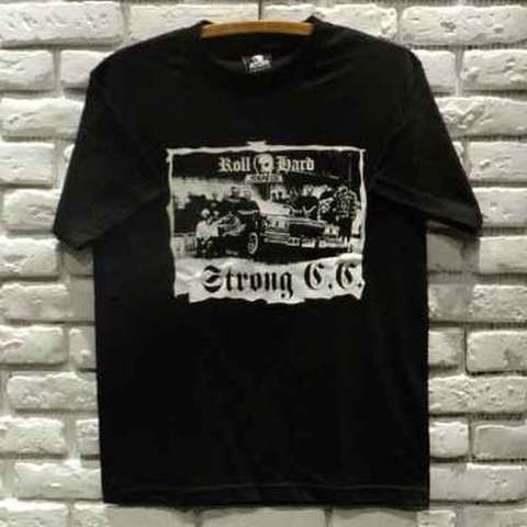 "SKULL SKATES(スカルスケーツ)""STRONG"" Tシャツ"