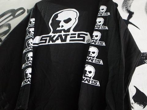 """SKULL SKATES(スカルスケーツ)""""ロゴ""""ロンT(ブラックxホワイト)"""