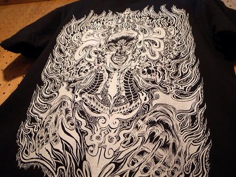 "BLACKDALLAS(ブラックダラス)""縁""(BLKxWHT・BLKxRED) Tシャツ Artwork by DENSE (デンス)"