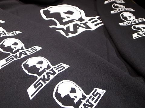 "SKULL SKATES(スカルスケーツ)""ロゴ"" パーカー(ブラック)"