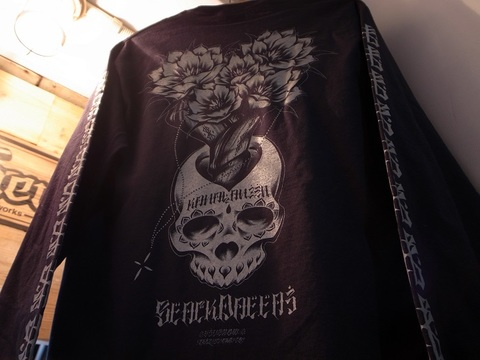 "BLACKDALLAS/ブラックダラス""KANAIANZEN""ポケットロンT 袖プリver.(BLACK/GRAY)USUGROW"