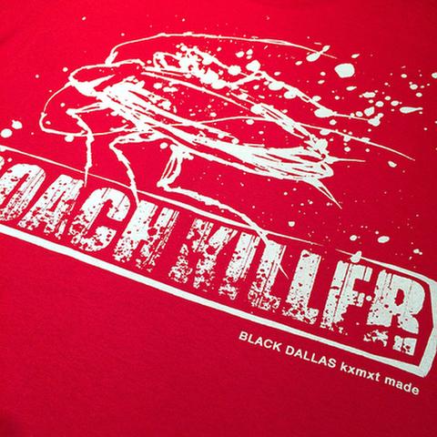 """BLACK DALLAS (ブラックダラス)""""ROACH KILLER"""" ポケットTシャツ(レッド)Artwork by USUGROW(ウスグロ)"""