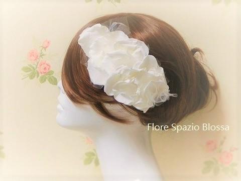 花嫁様のための 花びらのへアドレス プリザーブドフラワー