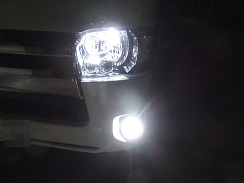 200系ハイエース 3型後期・4型・5型 [強烈な輝度 2500ルーメン] LEDフォグランプ/Epistar 3030 LED(ホワイト・イエロー)GDH・ KDH・TRH2##(H24.5~)