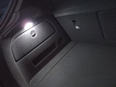 メルセデスベンツ Aクラス W176 前期・後期/ラゲージ&グローブボックス LEDランプ/Benz-A/W176 前期・後期