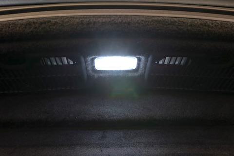 LEXUS LC500h・LC500/純正交換用 LED(SMD2835)トランクルームランプ/GWZ100・URZ100