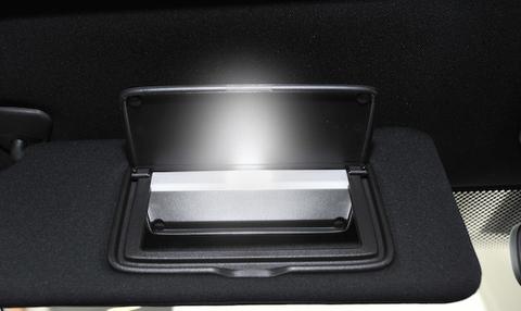 NISSAN GT-R 専用!! LED(SMD5050) バニティ(バイザー)ランプ/GTR R35(2014〜)