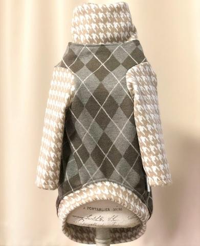 アーガイル柄セーター