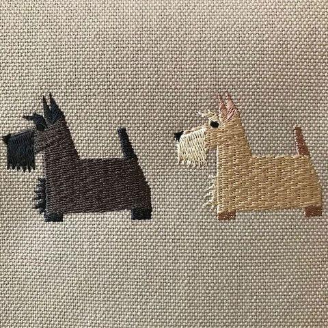 スコテッシュ・テリア/犬刺繍サコッシュ+(プラス)【R-11】7,300円(税別)