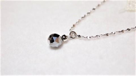 【人気の石 メタリックブラック】テラヘルツストーンのキラキラ一粒ネックレス