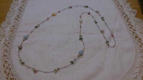 とんぼ玉の鳥とお花のネックレス