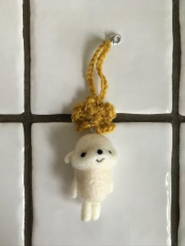羊毛チャーム(黄色)
