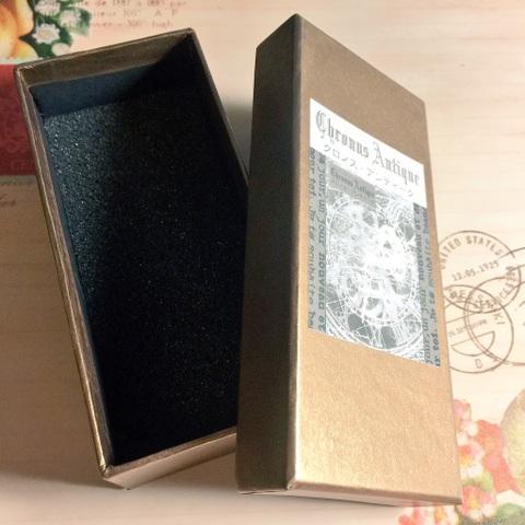 【腕時計ご購入の方限定】プレゼントボックス・ゴールド長方形