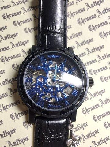 813.手巻きスケルトン腕時計(ホイール黒顔青文字)