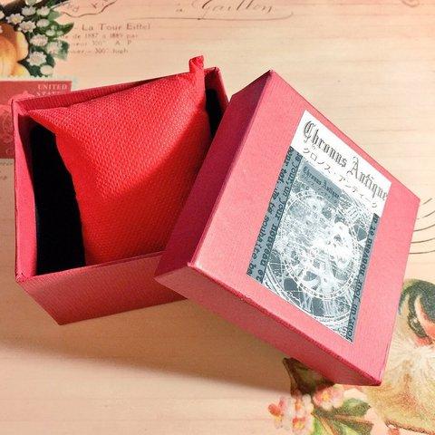 【腕時計ご購入の方限定】プレゼントボックス・赤