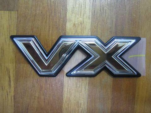 ランクル80 VXエンブレム 純正 新品