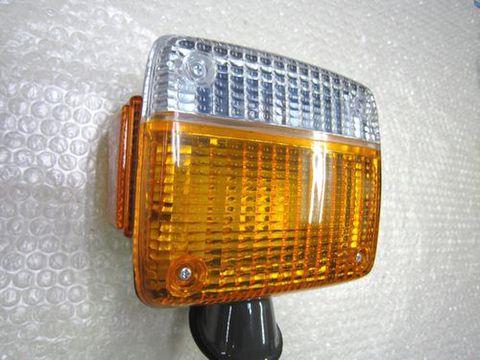 ランクル40 フロントウインカーアッセンブリー右 日本製 社外品 新品