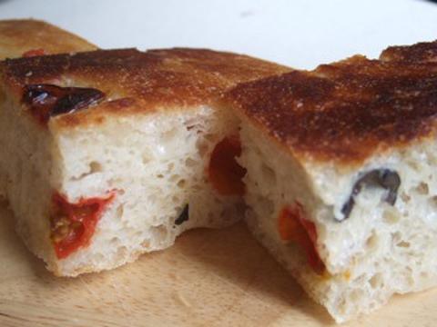 フォカッチャ(焼きたてパン冷凍)