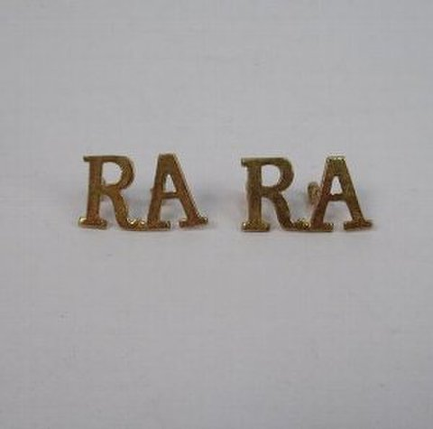 RA ロイヤルアーティラリーブラスタイトルバッジ