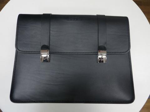 モトグッチV7用レザーサイドバッグ【ブラック】