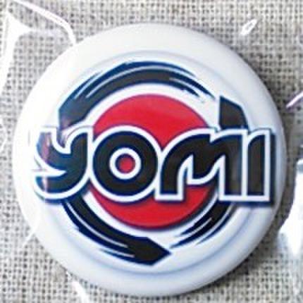 ロゴ缶バッジ・YOMI