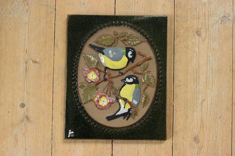 Jie Gantofta(ジィ・ガントフタ)スウェーデンカラーの鳥の陶板(M)
