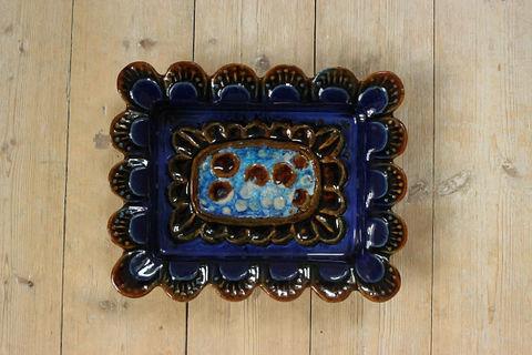Jie Gantofta(ジィ・ガントフタ)青い抽象的模様の陶板(M)