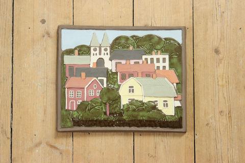 Jie Gantofta(ジィ・ガントフタ)スウェーデンの町並みの陶板