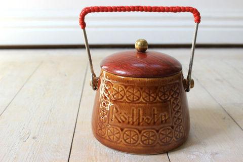 Deco(デコ)ハンドル付き陶器のポット/蓋付き(Rödbeta)