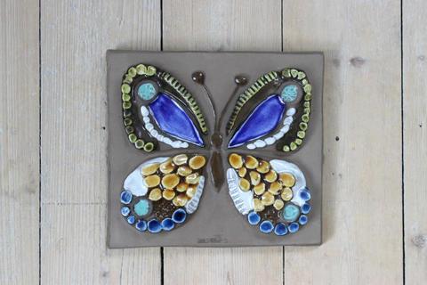 Jie Gantofta(ジィ・ガントフタ)黄色と青のチョウチョの陶板(M)