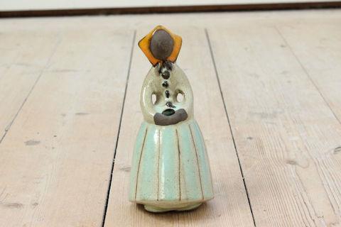 Jie Gantofta(ジィ・ガントフタ)陶器のフィギュアの一輪挿し/花瓶(イエロー・S)