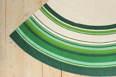 Almedahls(アルメダールス)/グリーンのラウンドテーブルクロス(Φ150cm)