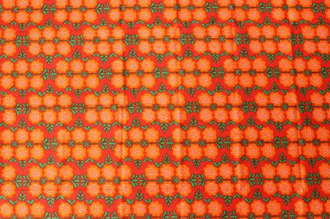 スウェーデンで見つけた赤×オレンジのお花柄のレトロファブリック(84×119cm)