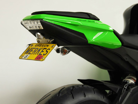 Competition Werkes フェンダーレス ZX10R
